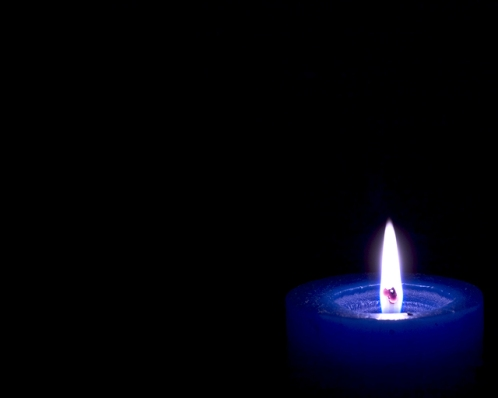 candle-1526798-640x512