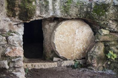 empty-tomb-3326100_1920