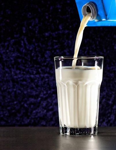 milk-4363421_1920